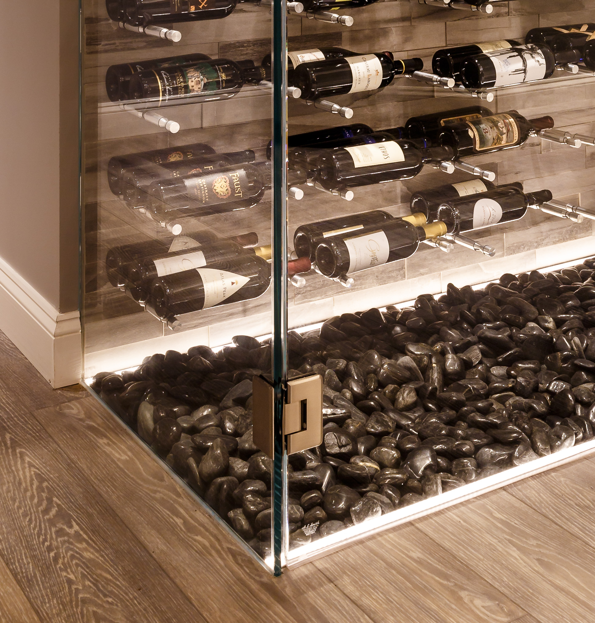 Wine storage rocks